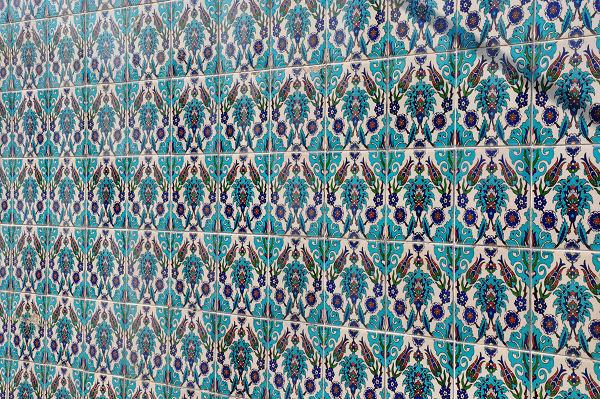 トルコ記念館の壁面のタイル